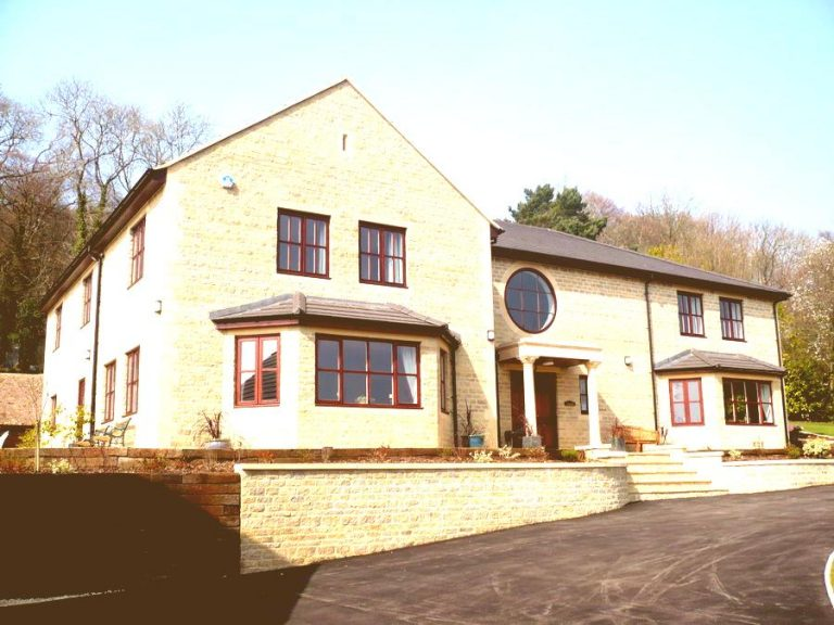 New build five bedroom detached property